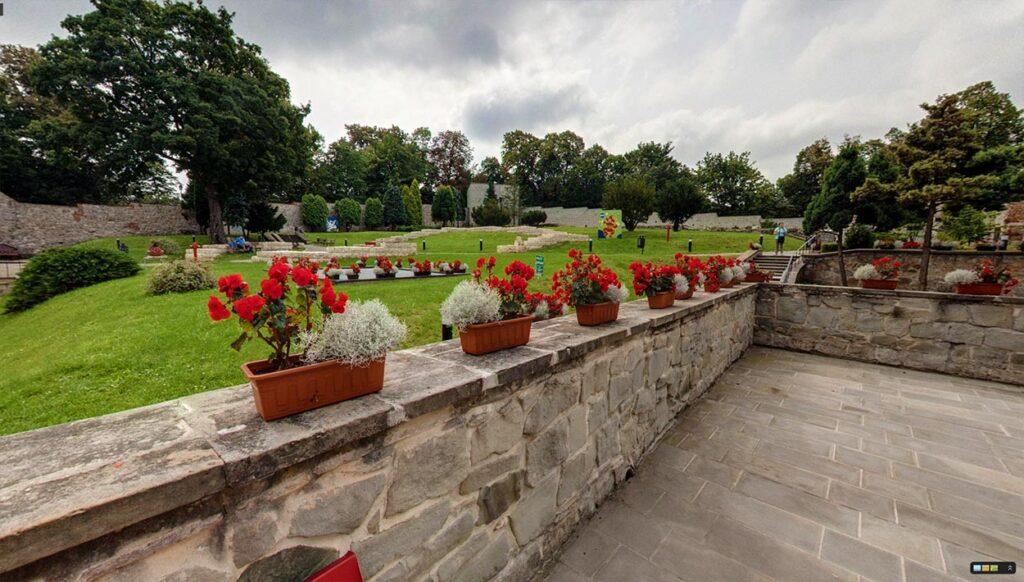Spacer wirtualny Street View po zamku w Przemyślu